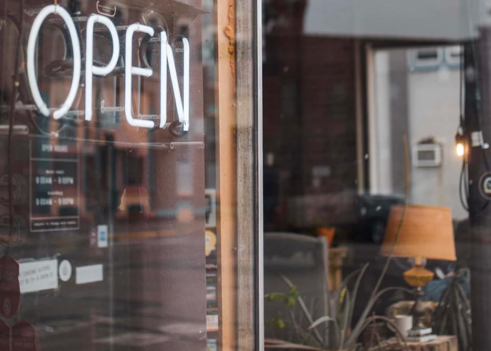 The Junction Toronto - Bars Restaurants & Cafes